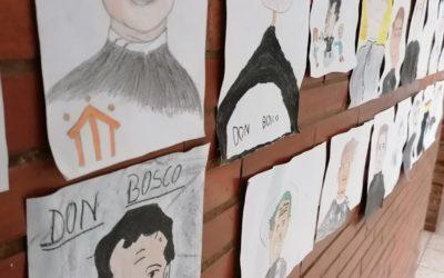 Decoración de Don Bosco en la galería